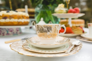 Vintage Gold Trio and cake plate